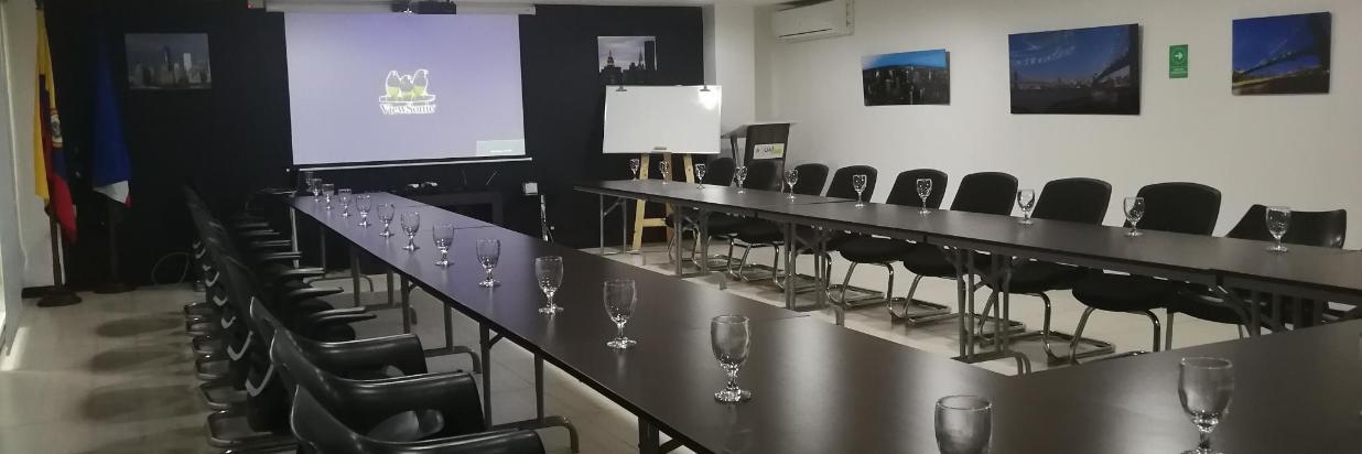Pacífico Andes - Salón de Conferencias