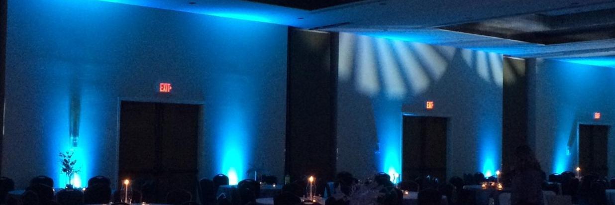 Christmas ballroom.jpg