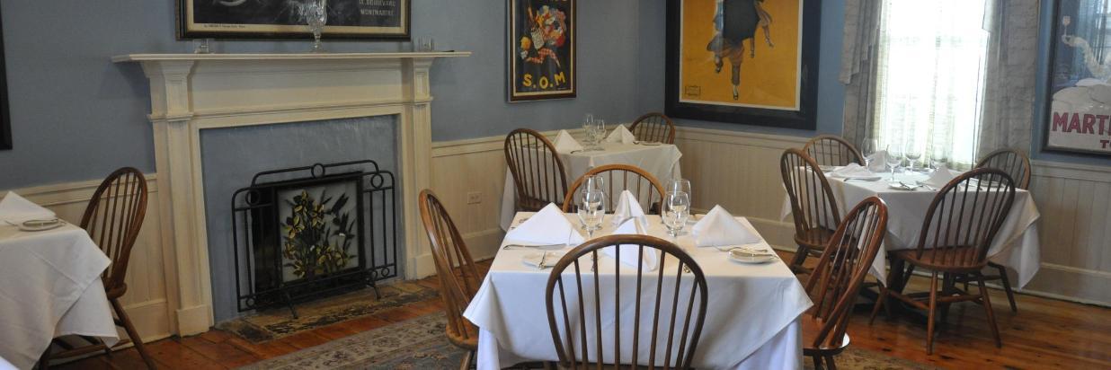 dining room, ok.JPG