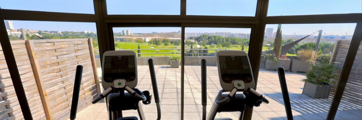 Salle fitness golf.jpg