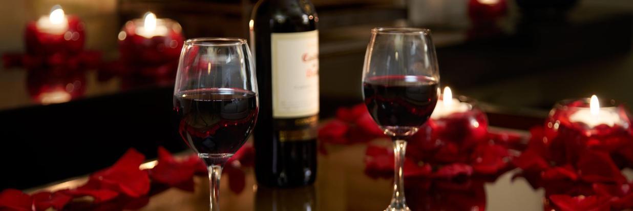 Noche-Romantica-Vino-Celia-5-ajustadaPLANESCAPE.jpg