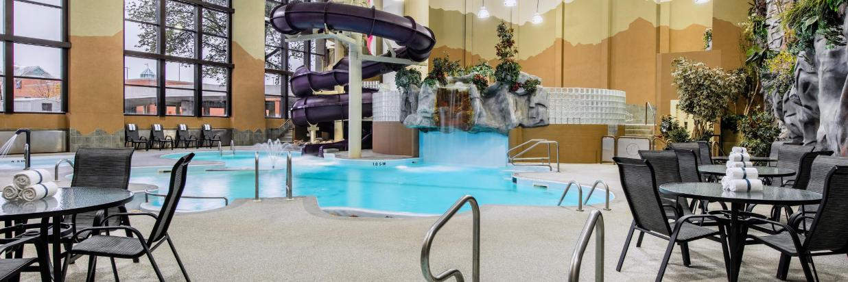 Indoor Water Park with 2-storey Slide