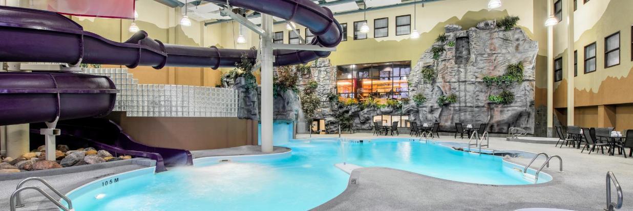 Indoor Water Park Pool & 2.5-storey Slide