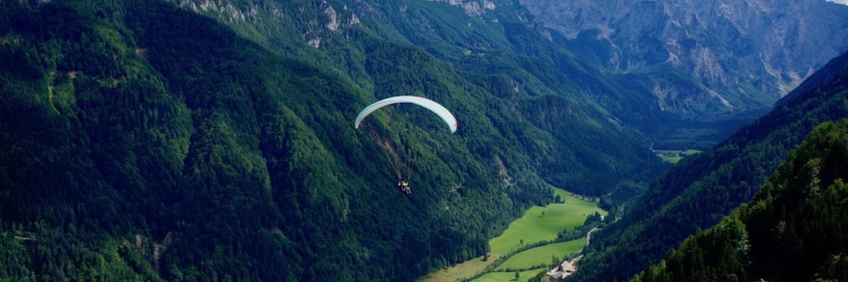 paragliding_t.jpg