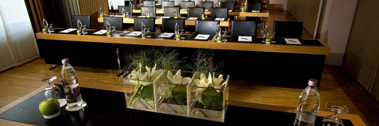 Meeting room Klubs School setup.jpg