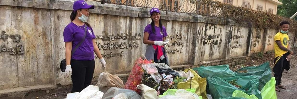 Participate on World Clean Up Day in Nyaung Shwe.