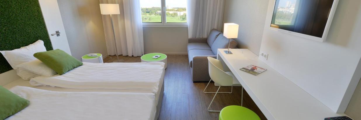 056 Quality Hotel www.pixelsmillau.fr 2061x1375.jpg