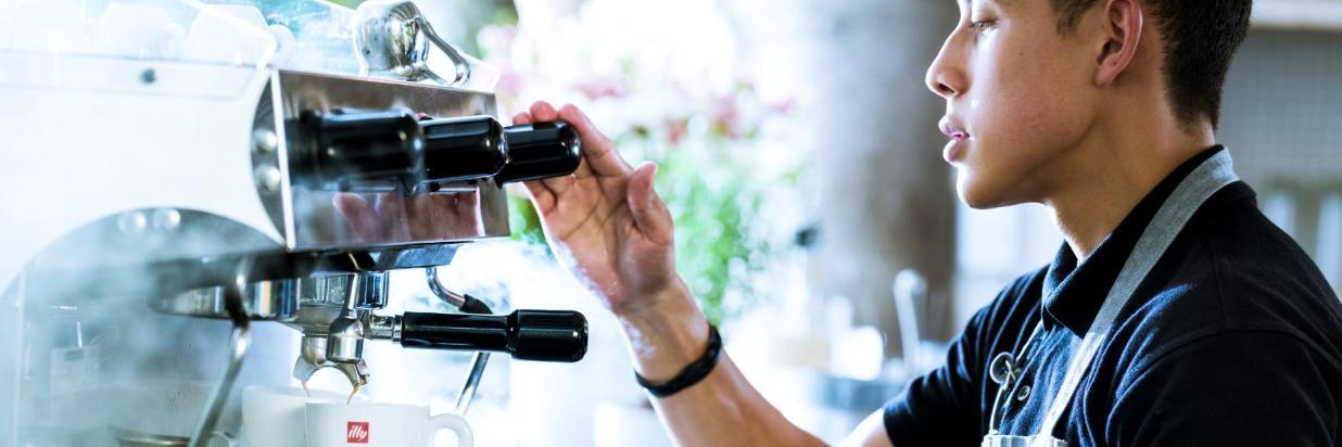 El Mejor Desayuno En Cuernavaca Se Esta Sirviendo En House Restaurante, En El Hotel Boutique Las Casas B+B En Cuernavaca Centro, Relájate con un brunch elevado en un ambiente estilo familiar. Comida Mexicana y Mediterranea