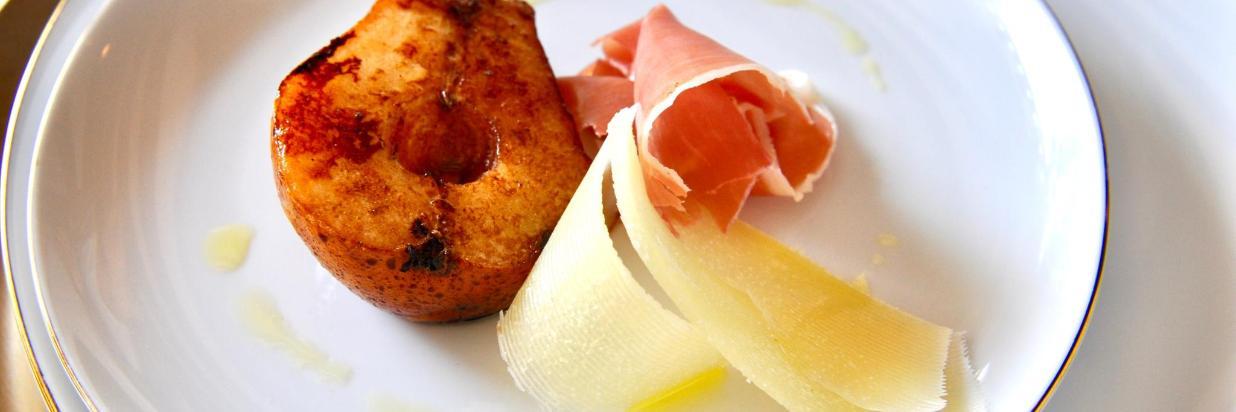 Si tienes una pregunta importante que hacer, ¡este puede ser el menú para ti! Cenas Románticas en HOUSE Restaurante. En el interior de Las Casas B+B Boutique Hotel, Spa & Restaurante. Cuernavaca.