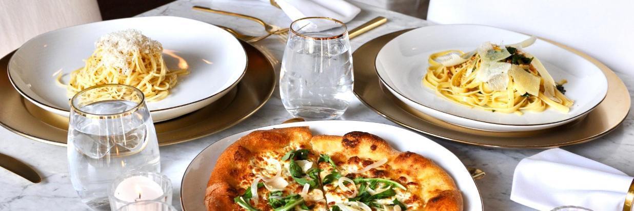 Disfruta una increíble velada en el Spot Mas Romántico De Cuernavaca con platillos Mediterráneos y mexicanos. HOUSE Restaurante, En el interior de Las Casas B+B Boutique Hotel, Spa& Restaurante, Cuernavaca.