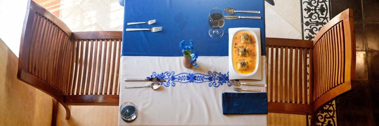 Restaurante mesa.jpg