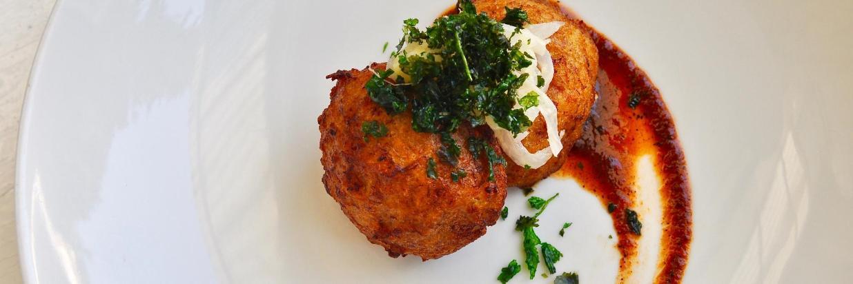 House Restaurante ofrece un menú con amplias opciones de deliciosa Comida Mexicana y Mediterránea. En el interior de Las Casas B+B Boutique Hotel, Spa & Restaurante. Cuernavaca.