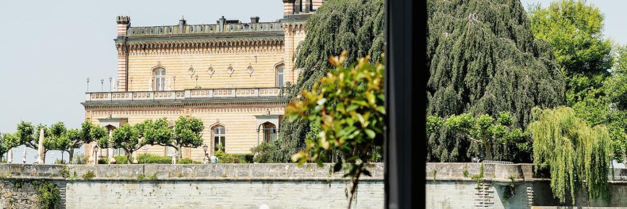 Blick auf Schloss.jpg