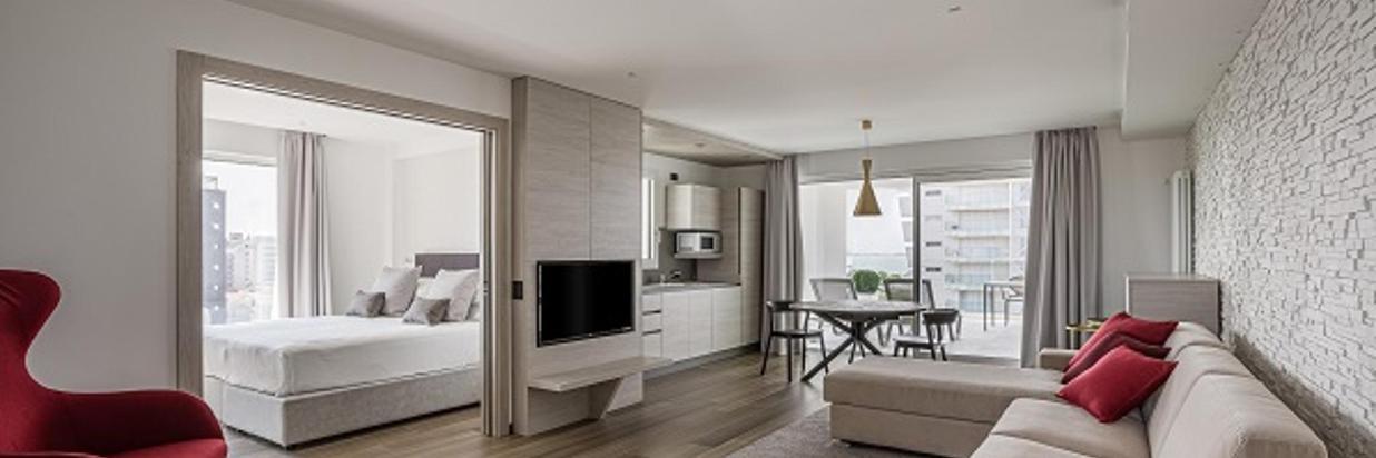 08-pietrorizzato-hoteitaliapalace-apartmentsuite.jpg