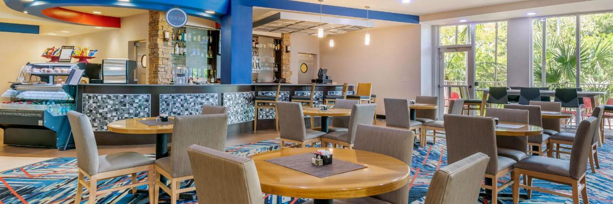 fla82restaurant1.jpg