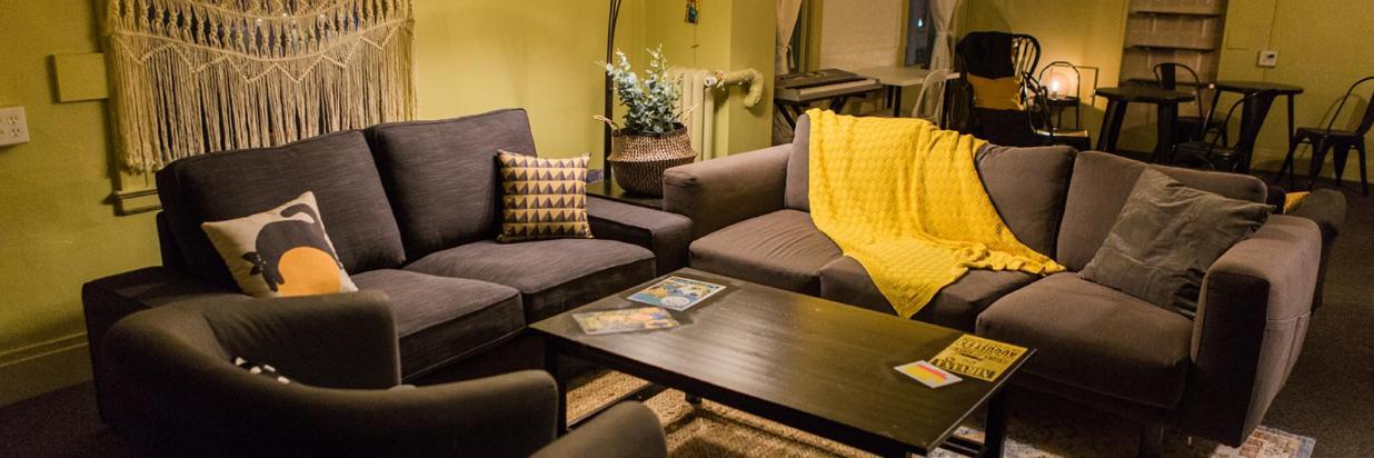 lounge-4861.jpg