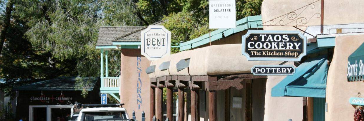 Take a stroll down Bent Street to visit galleries, museums, and shops.