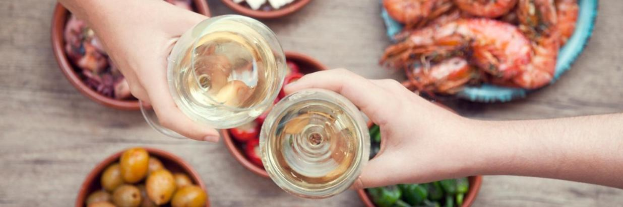 Cocktails et tapas- Istock.jpg