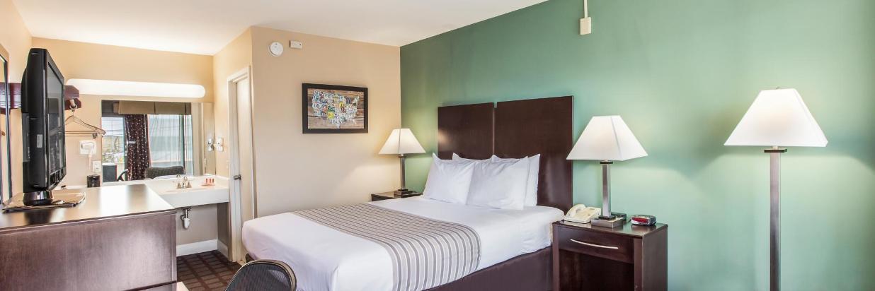 Stay four nights get 20% OFF
