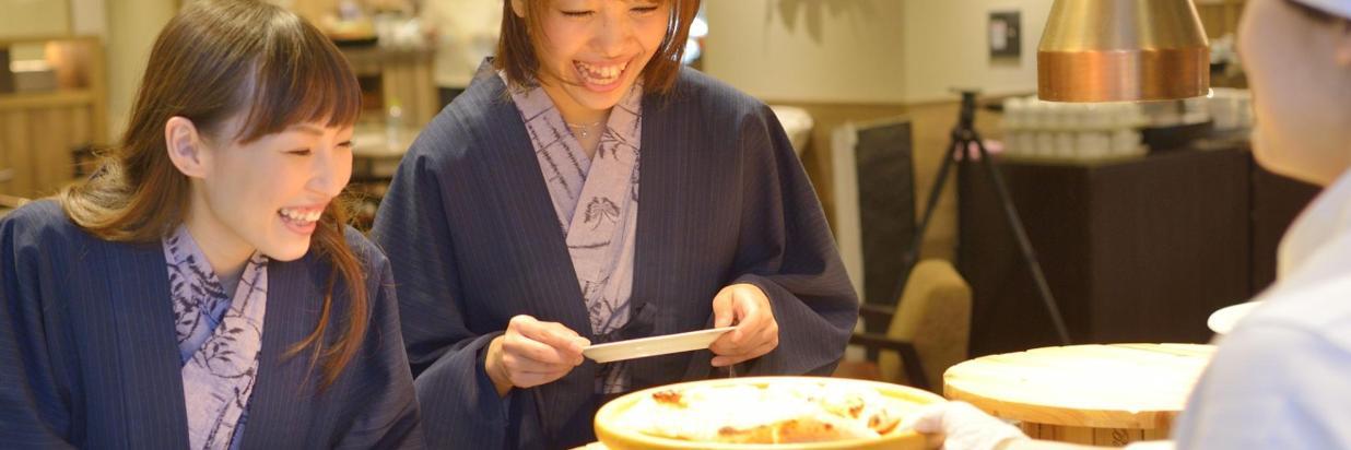 【レストラン】ビュッフェイメージ1920×810.jpg