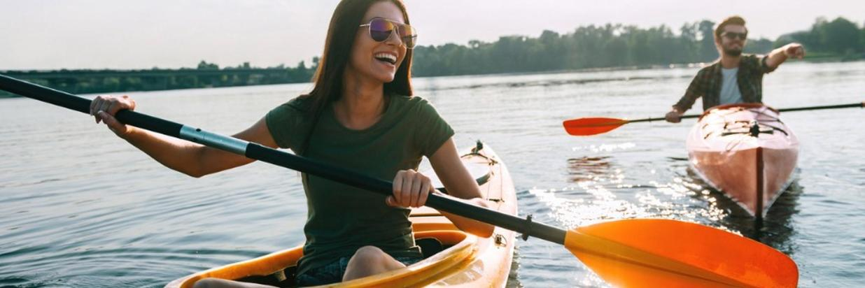Activités- Kayaking couple.jpg