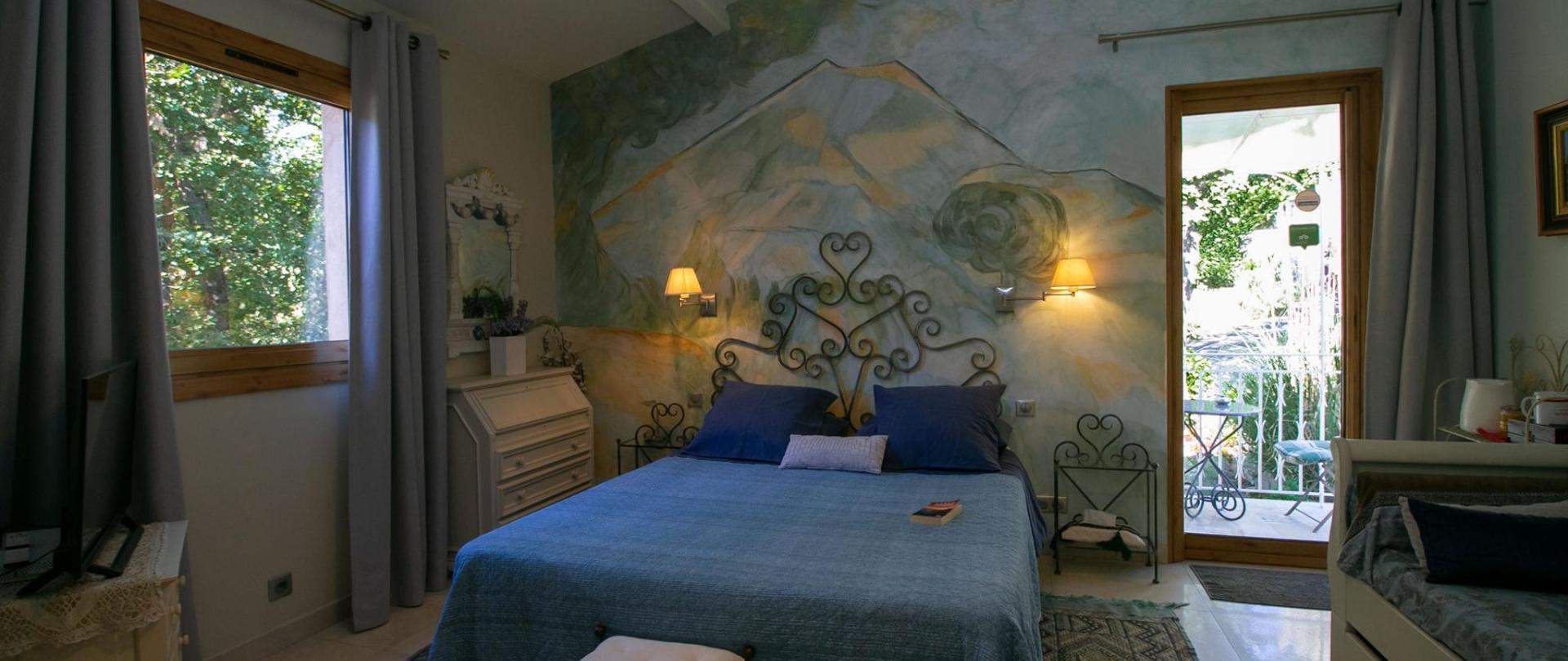 Chambre Cezanne dernière photo.jpg