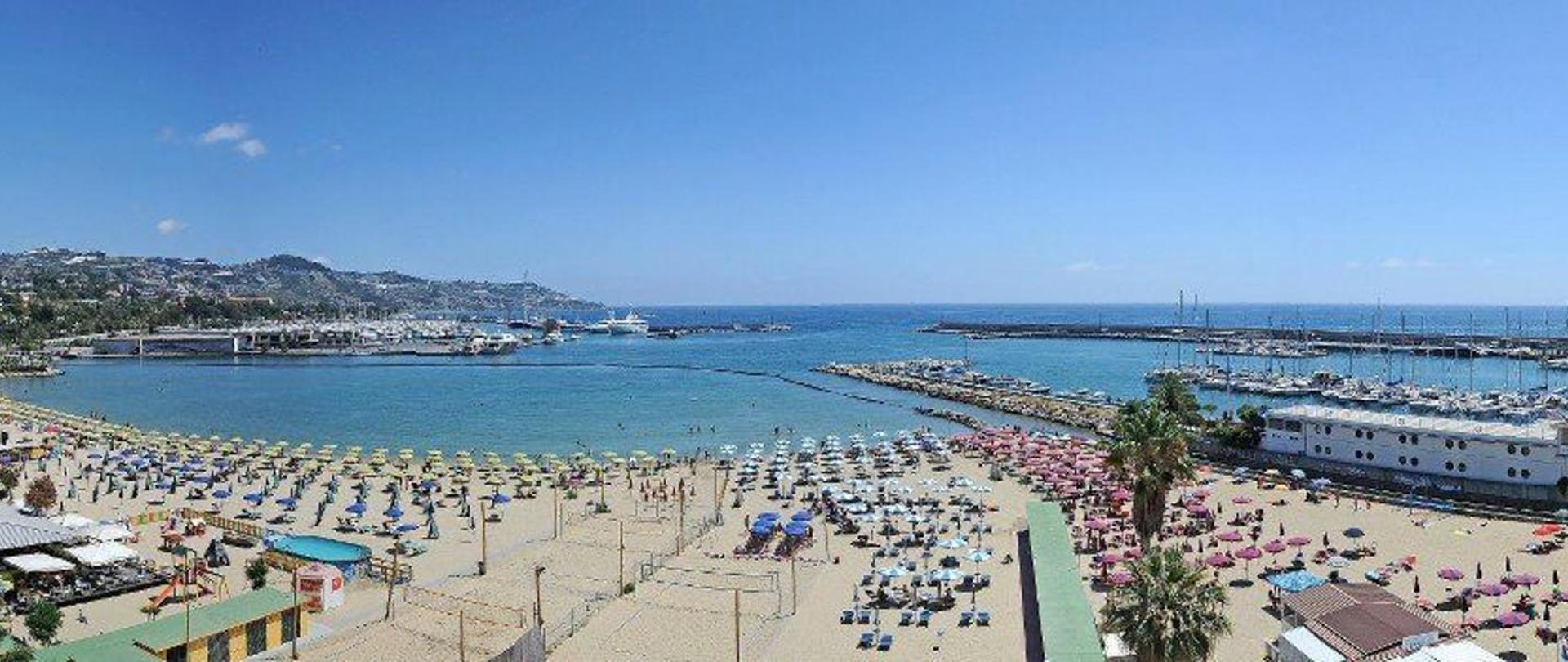 spiaggia-2.jpg