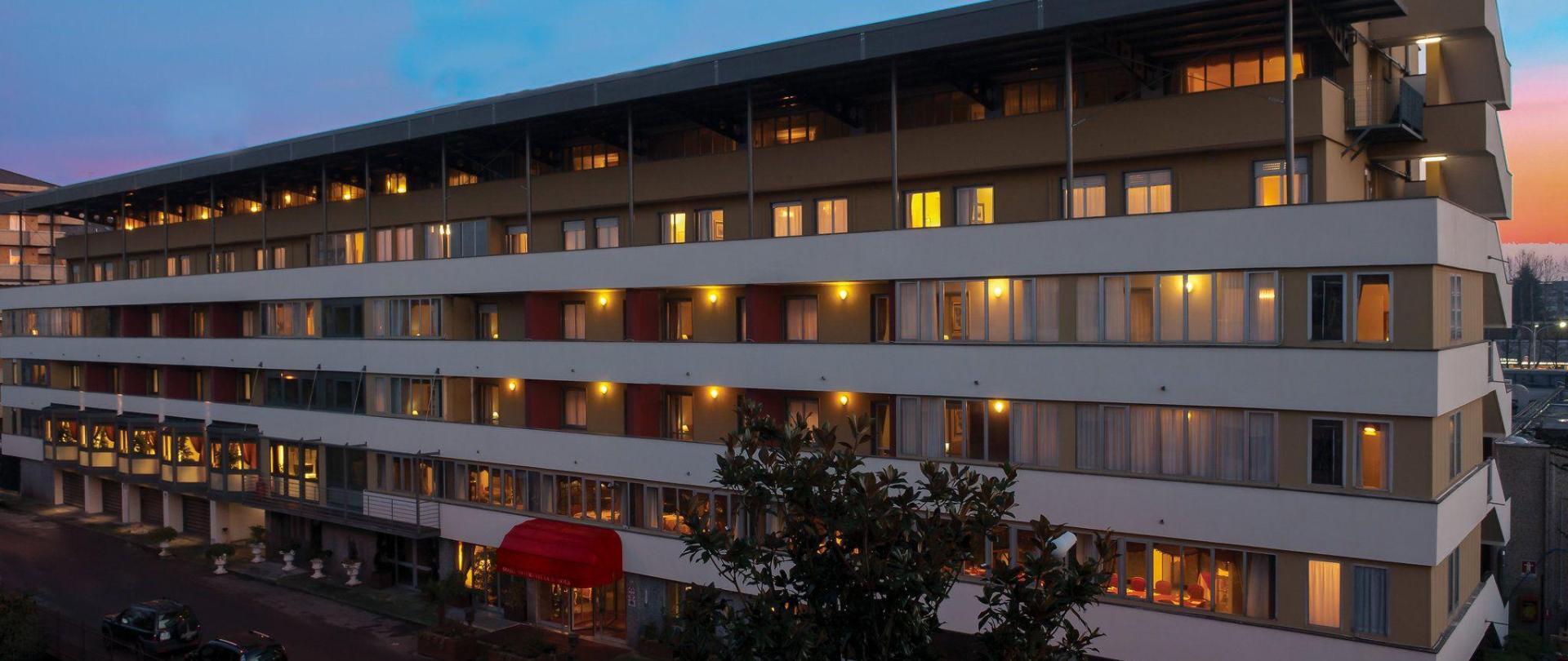 hotel-la-bussola-novara.jpg