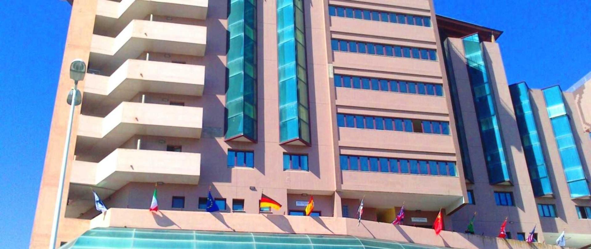 facciata hotel.jpg