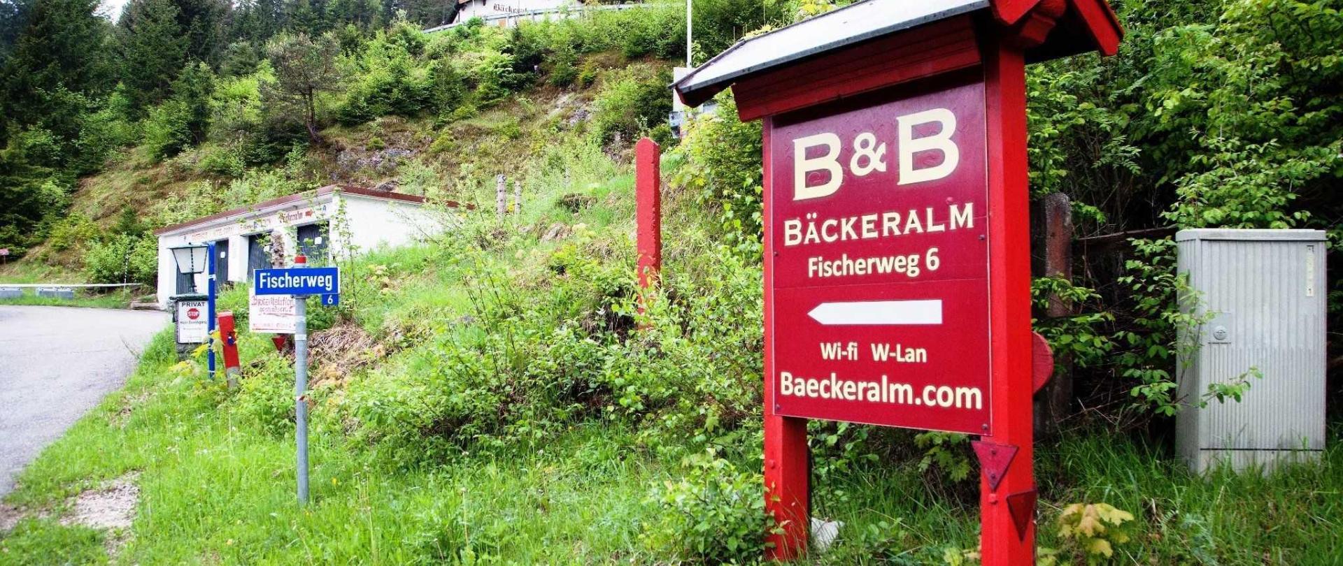 entrancefrommittenwald.jpg