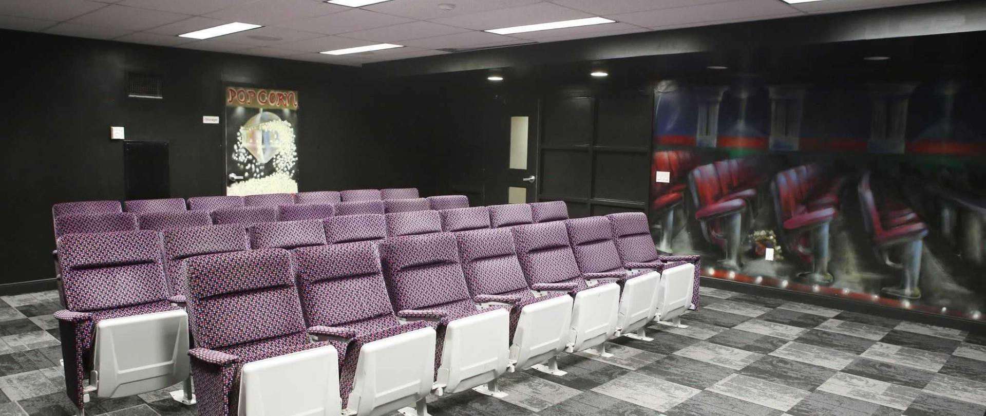 movie-lounge-2.jpg