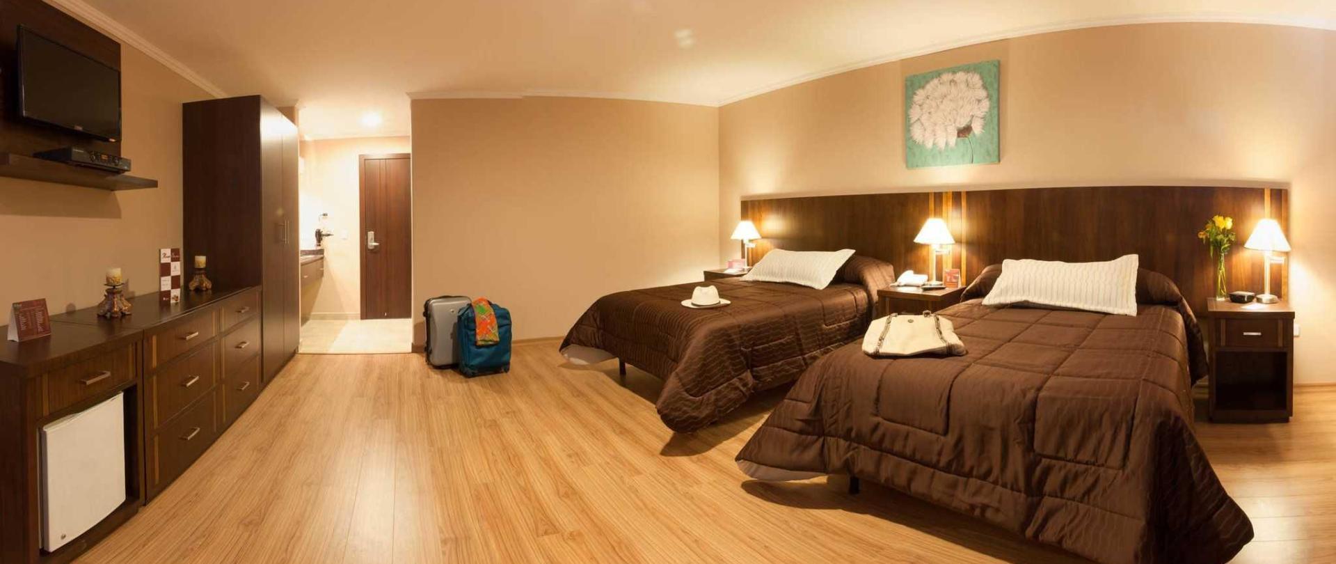 barnard-hotel-ecuador-04.jpg
