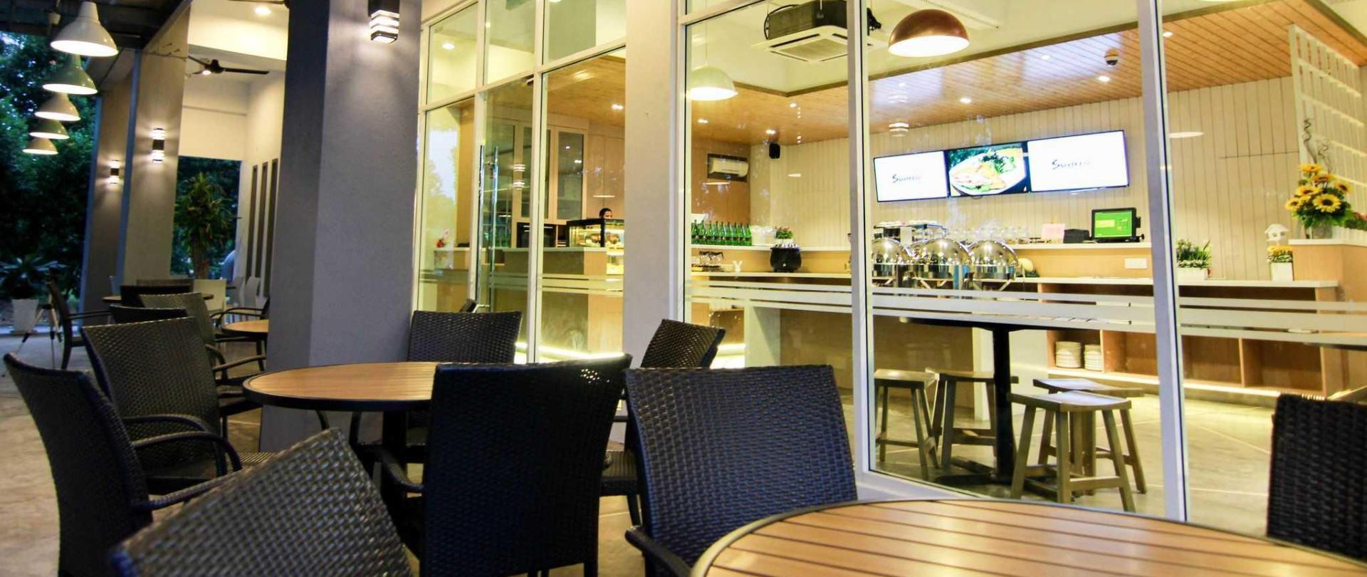cafe-new.jpg