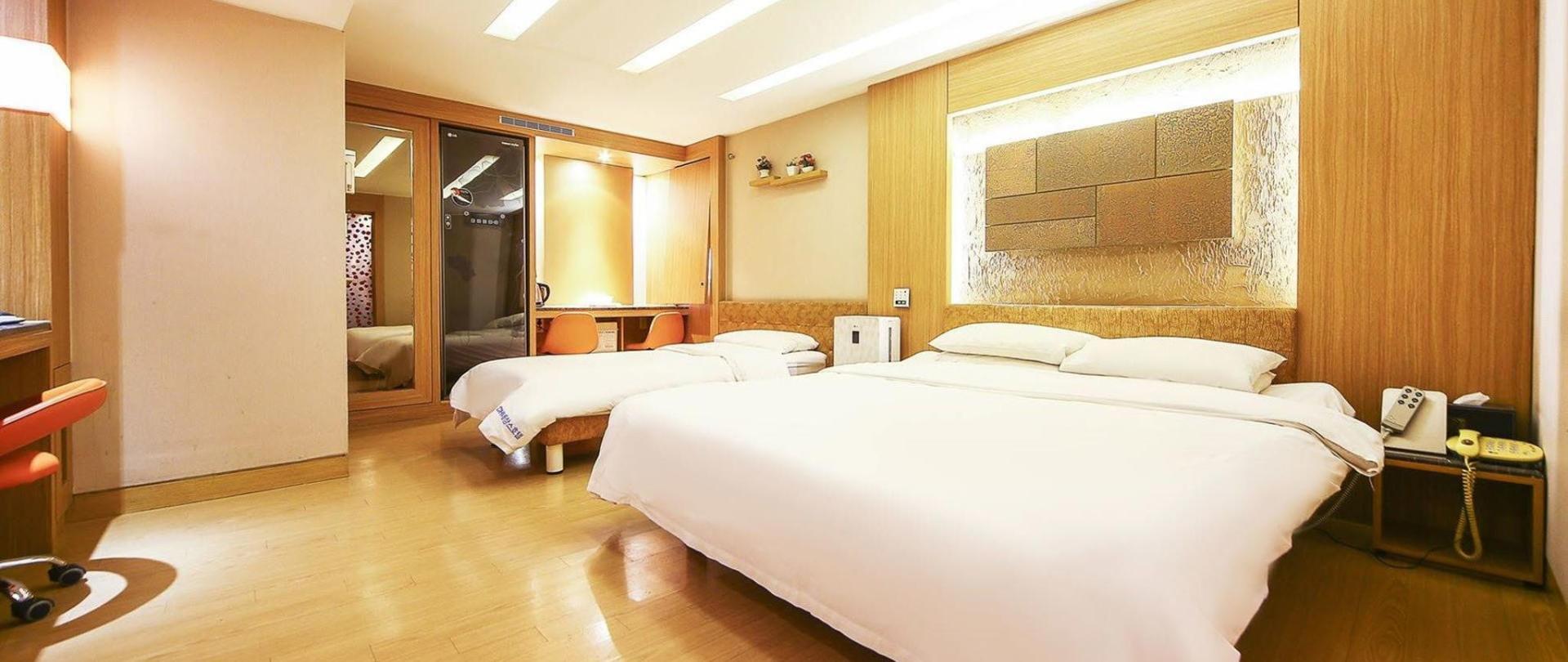 luxury4-2.jpg