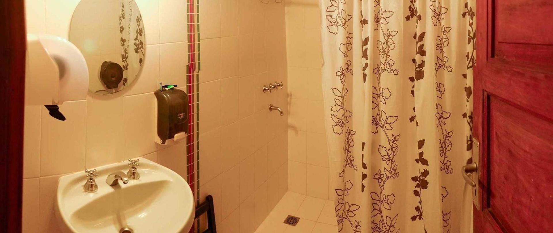 ara7-banho-mujeres.jpg