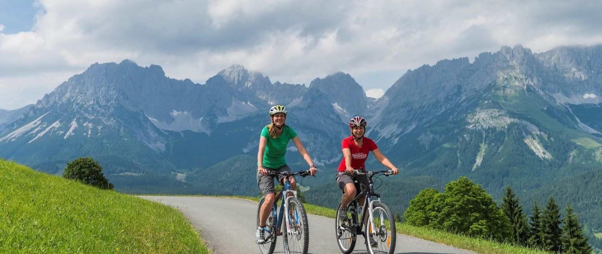 mountainbike-hintergrund-wilder-kaiser-1-1.jpg
