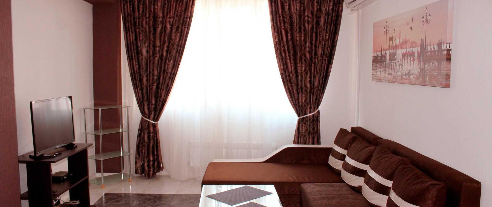 v6-living-room-6.jpg