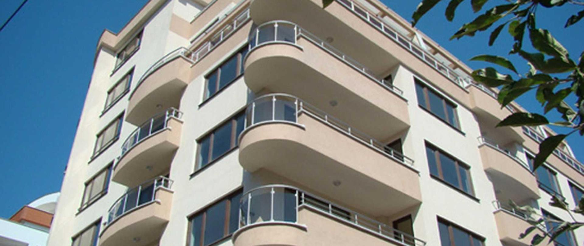 hotel_apartment_building.jpg