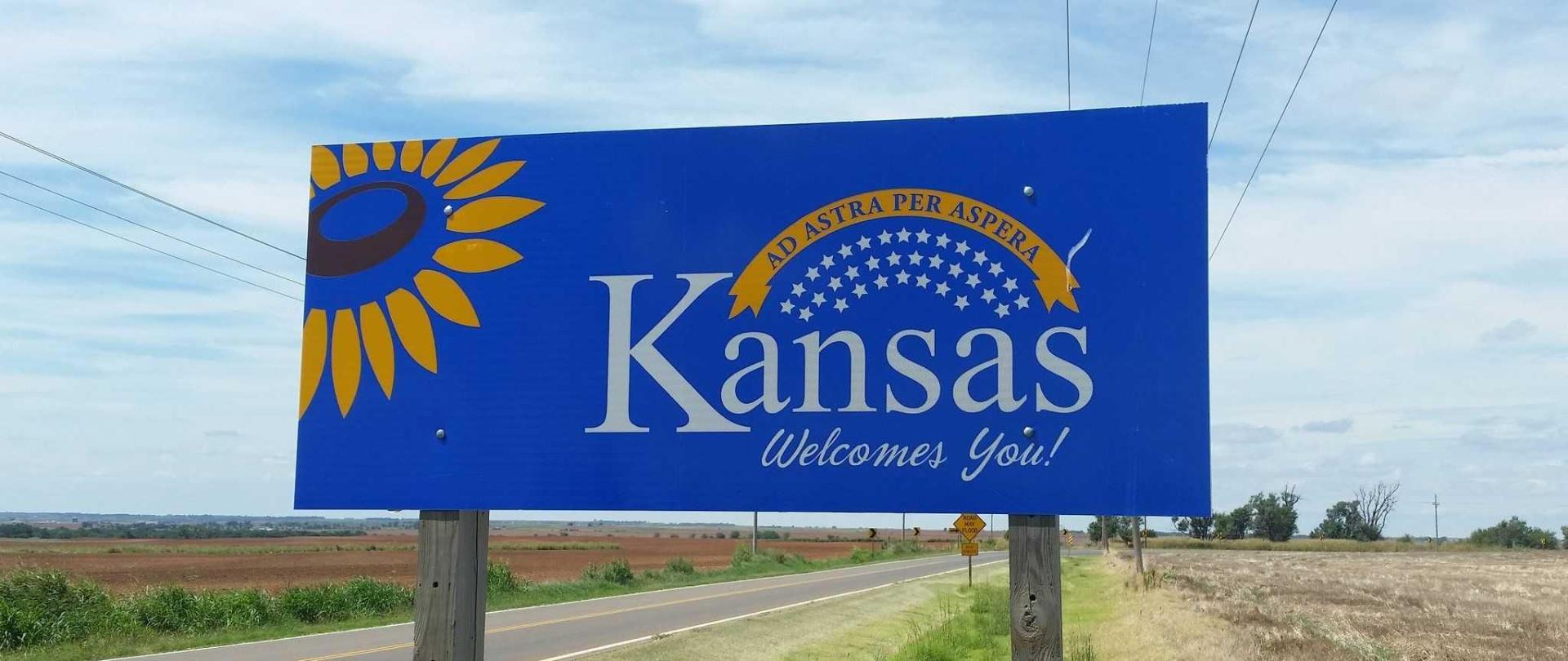 kansas-welcomes-you.jpg