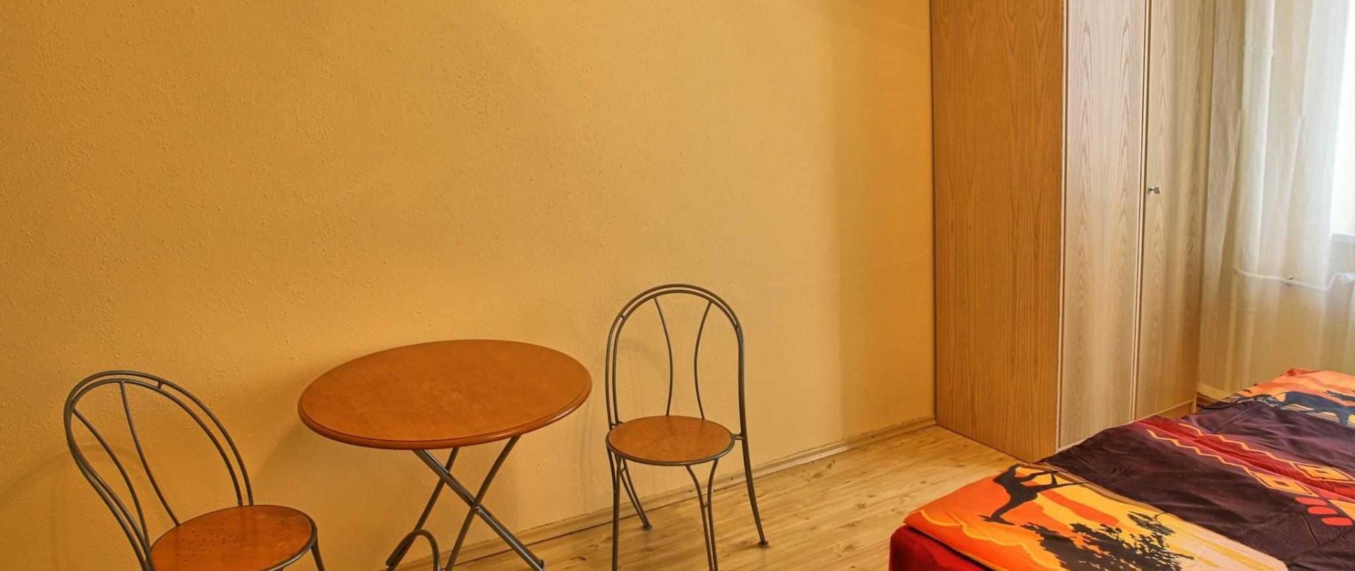apartm-n-ert-v-ostrov-01.jpg