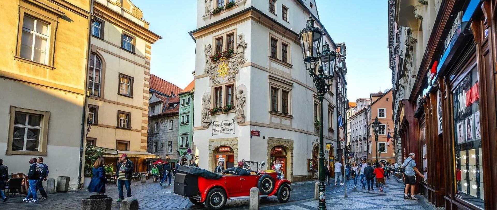 Prague streets.jpg