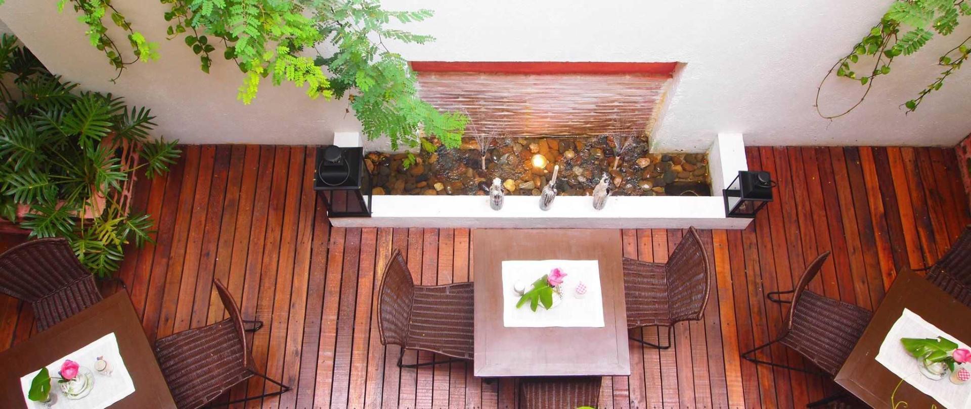 patio2-leclerc-hotel-cali.jpg