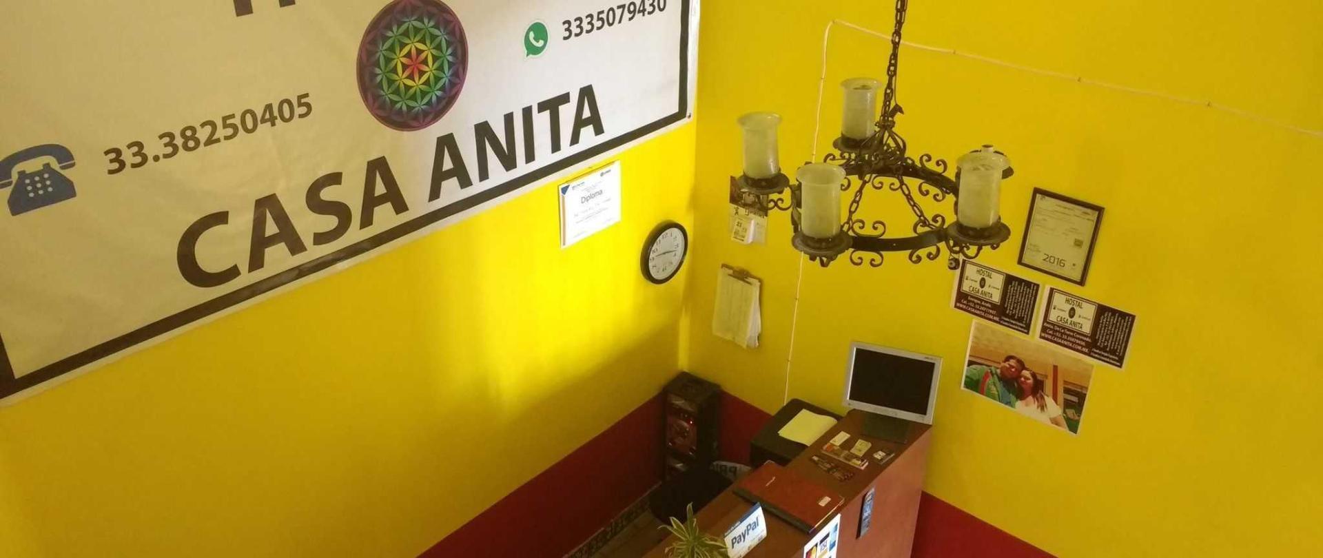 hostal_casa_anita_recepcion-1.jpg