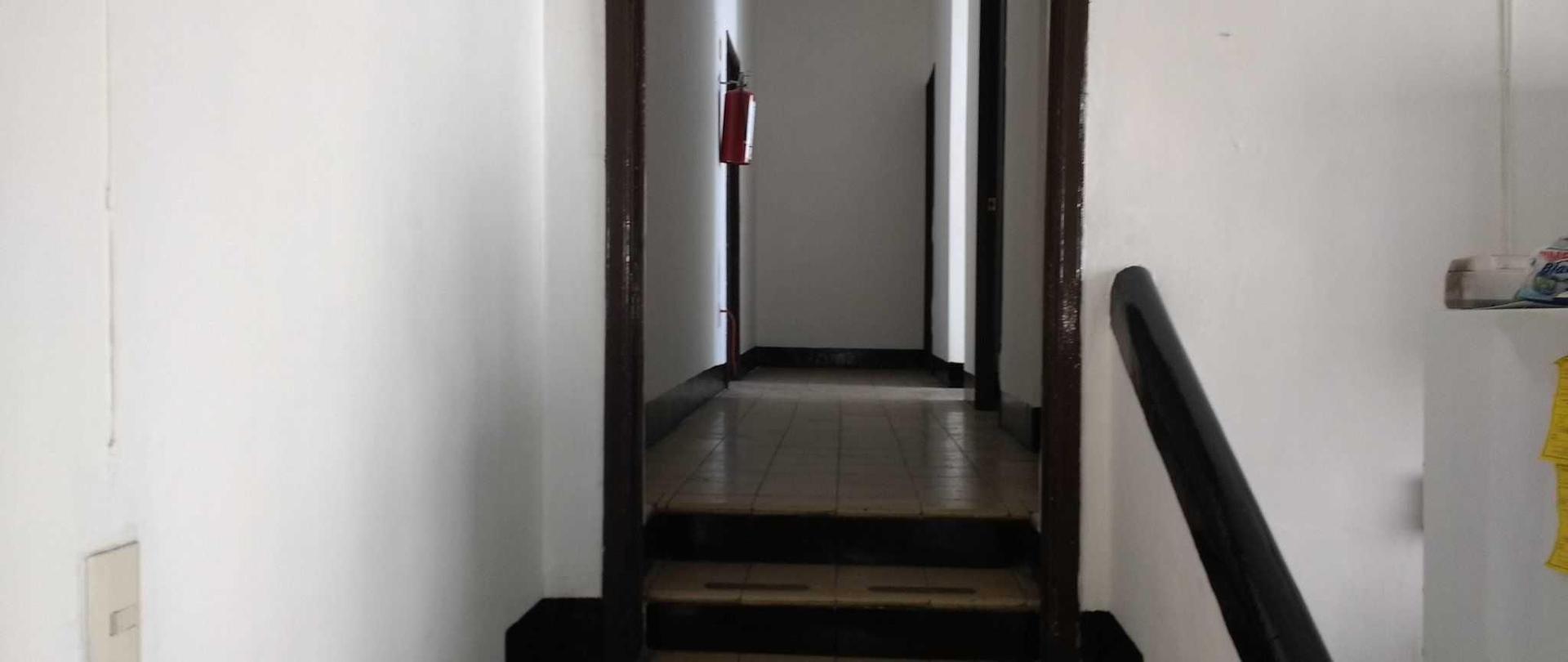 hostal_casa_anita_entrada_pasillo_uno-1.jpg