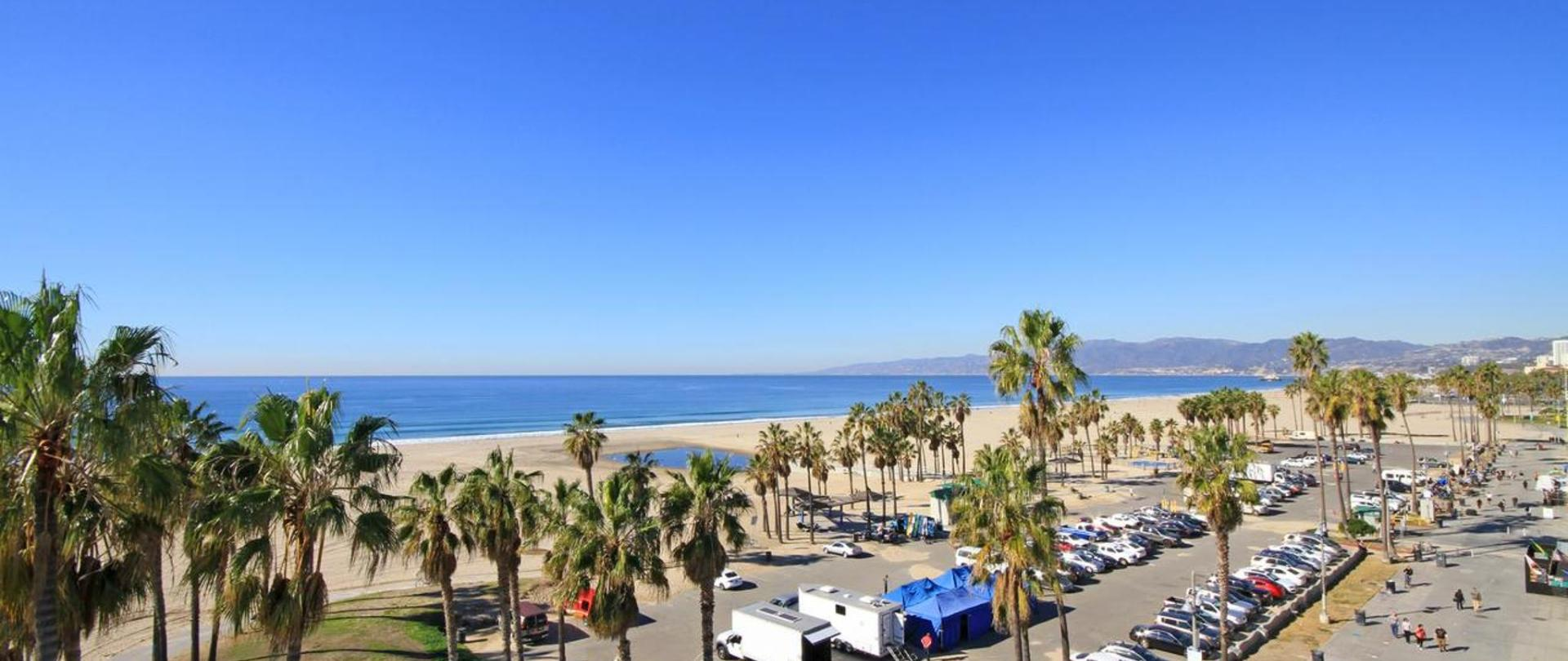 Santa Monica Beach Hotel Deals