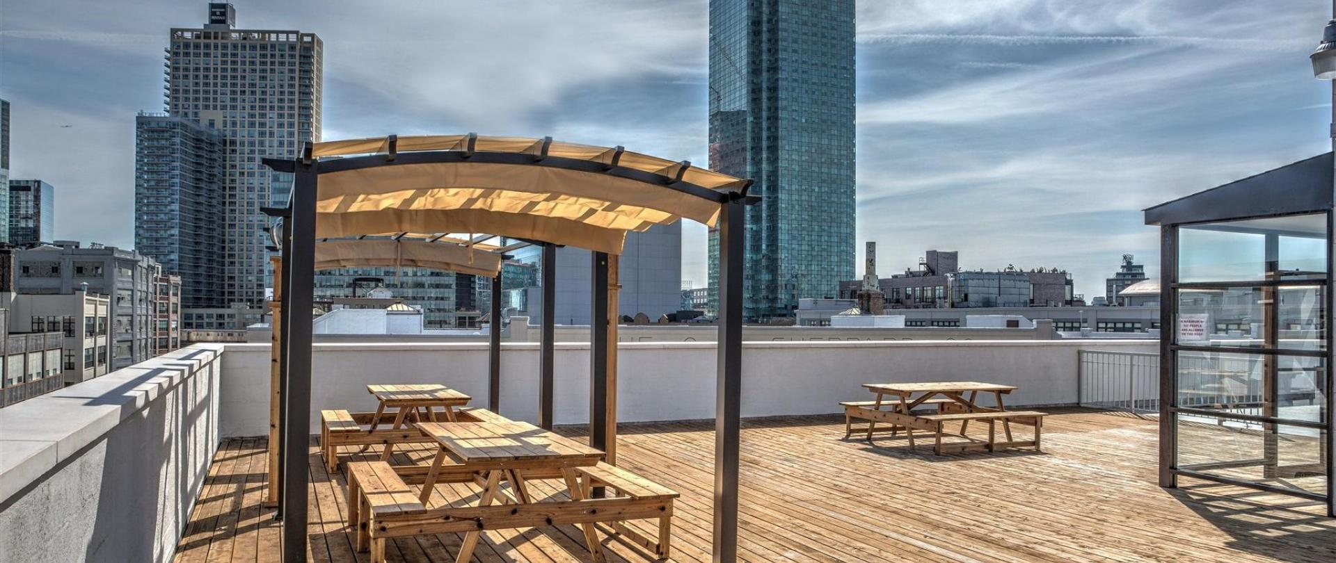 LIC Hotel Official Site | Hotels in Queens