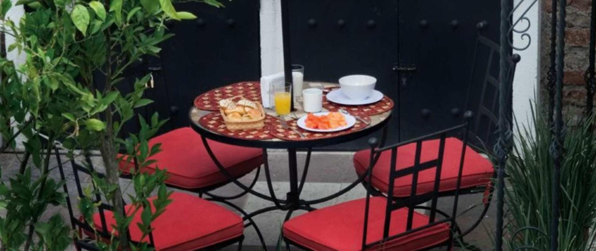 Breakfast -Hotel Quinta Lucca -Querétaro.jpg