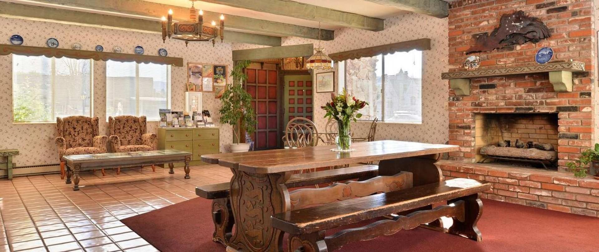 Svendsgaard's Lodge- Americas Best Value Inn & Suites