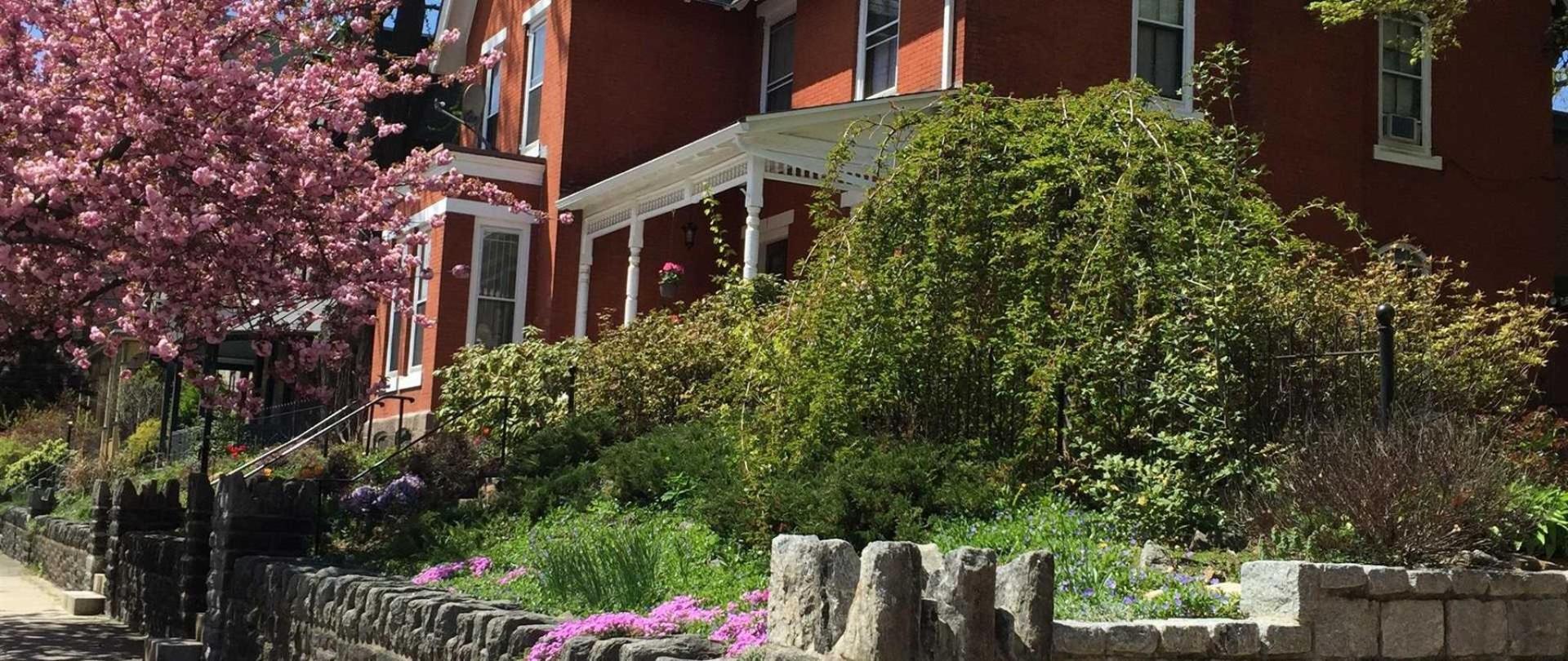 Spruce Hill Manor