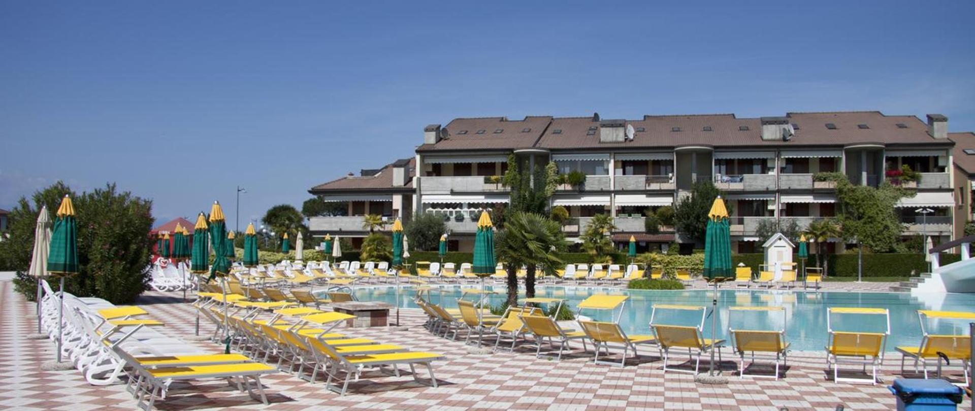 Via Durighello Desenzano Del Garda lauri & faggi official site | aparthotels in desenzano del garda